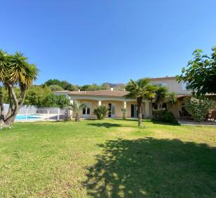 Grande villa type T7/8 à AFA photo #4261