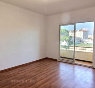 Appartement F4 - Quartier Saint Paul photo #3170