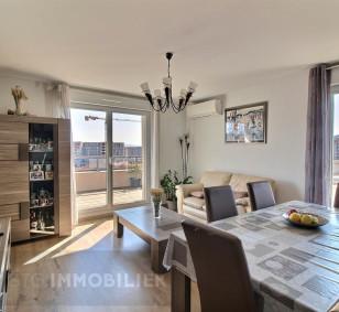 Exclusivité vente appartement F3 dernier étage - Rocade d'Ajaccio photo #2366